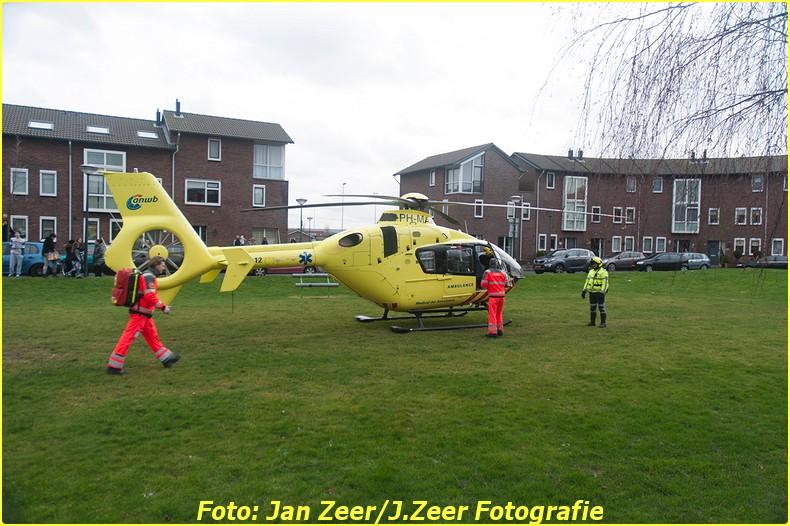 2014-02-01 Inzet traumahelikopter Wateringse-veld 010-BorderMaker