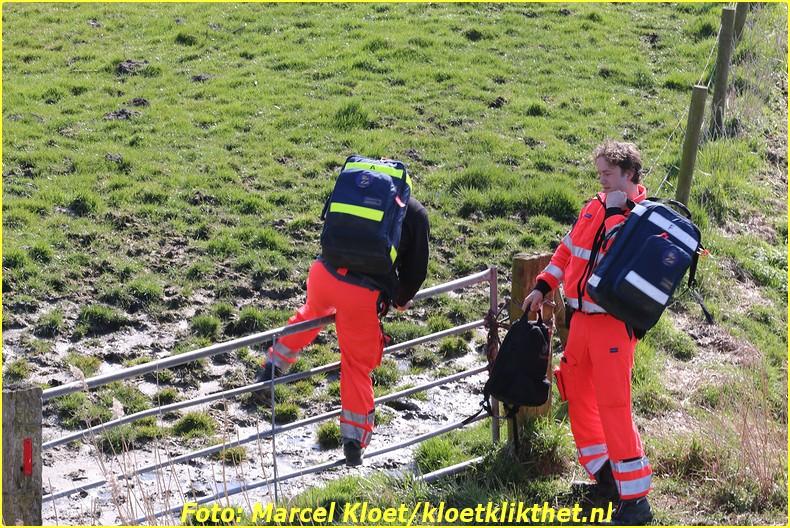 lifeliner bij ongeval zandkreekweg Wolphaartsdijk 5-3-2014 090-BorderMaker