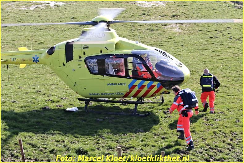 lifeliner bij ongeval zandkreekweg Wolphaartsdijk 5-3-2014 096-BorderMaker