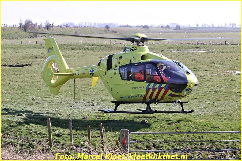 lifeliner bij ongeval zandkreekweg Wolphaartsdijk 5-3-2014 112-BorderMaker