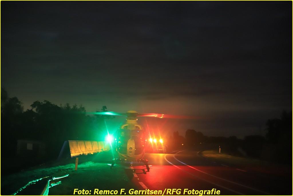 20-10-03 Prio 1 Verkeersongeval - Verbindingsasje (Gouderak) - Lifeliner (9)-BorderMaker