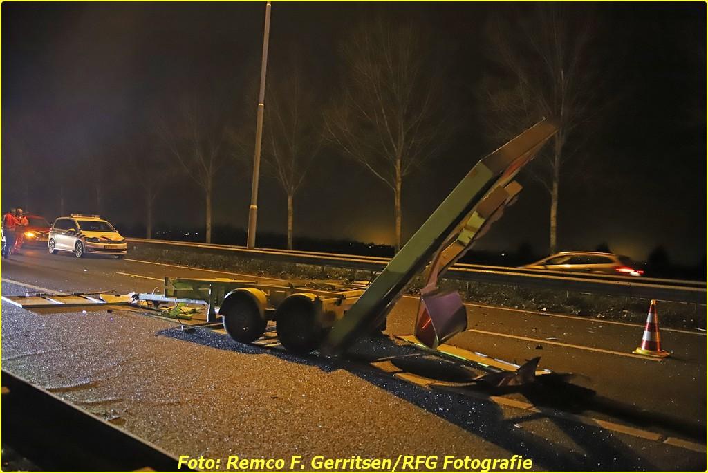 20-12-18 Prio 1 Verkeersongeval - A20 R 45.2 (Moordrecht) (44)-BorderMaker