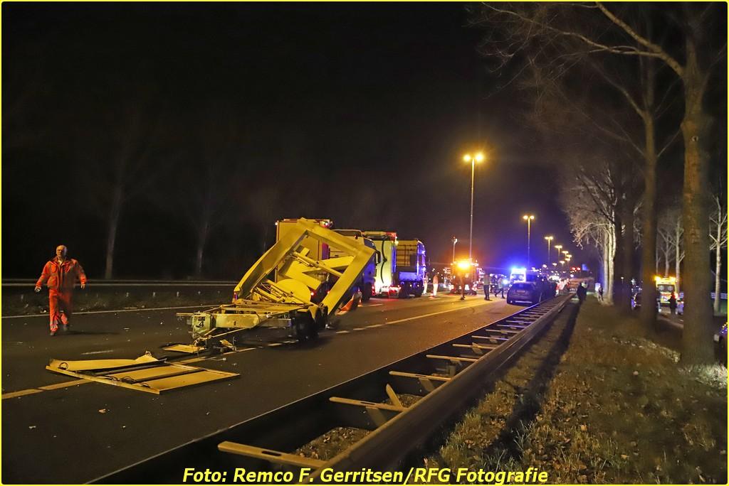20-12-18 Prio 1 Verkeersongeval - A20 R 45.2 (Moordrecht) (45)-BorderMaker