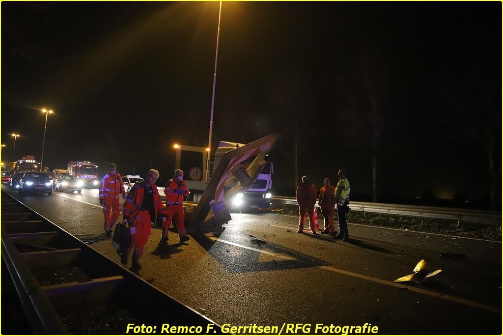 20-12-18 Prio 1 Verkeersongeval - A20 R 45.2 (Moordrecht) (66)-BorderMaker
